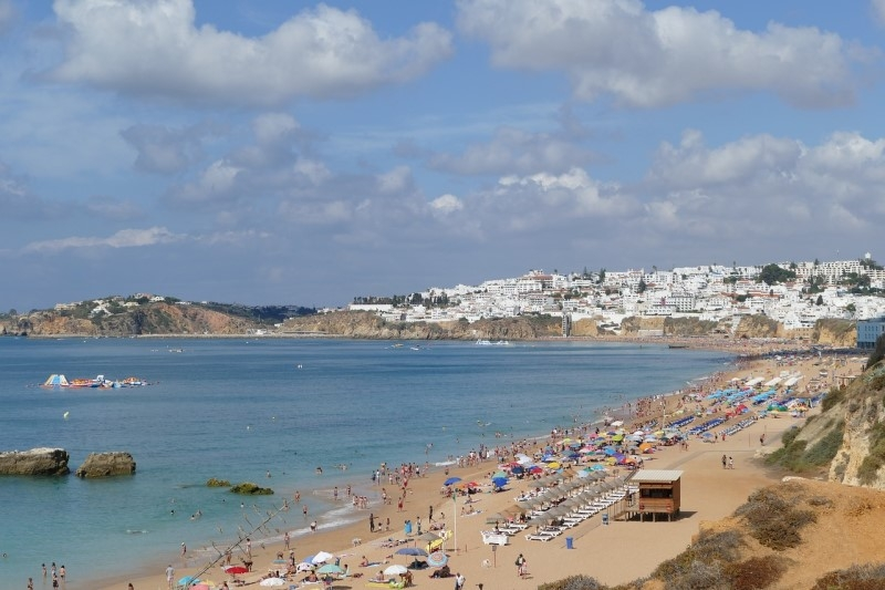 Book a Transfer from Faro Airport to Albufeira